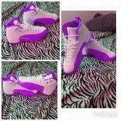 shoes,jordans,white,purple,need a size 5 1/2