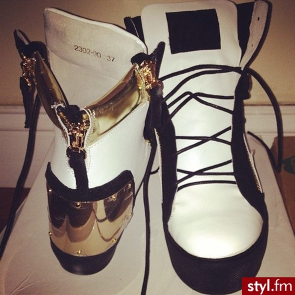 shoes giuseppe zanotti gold sneakers