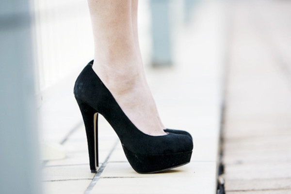 shoes heels pumps black heels black high heels high heels black pumps