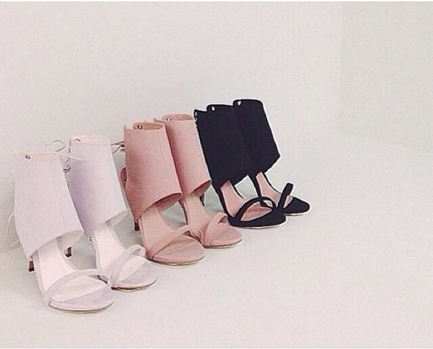 shoes tonybiance tonybianco heels black white cream tan fashion loveshoes shopaholic beautiful beautifulshoes nude black heels white high heels