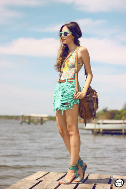 fashion coolture blogger swimwear sunglasses one piece swimsuit fringed bag ripped summer outfits
