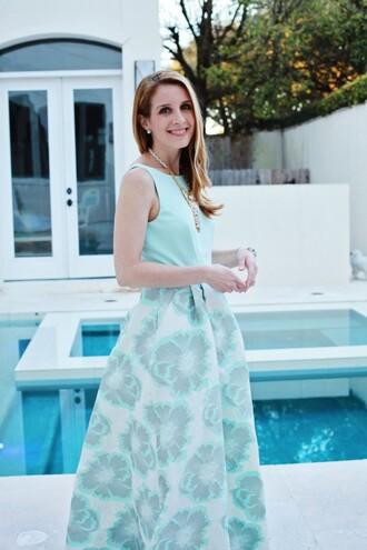 sugarlaws blogger mint dress floral dress