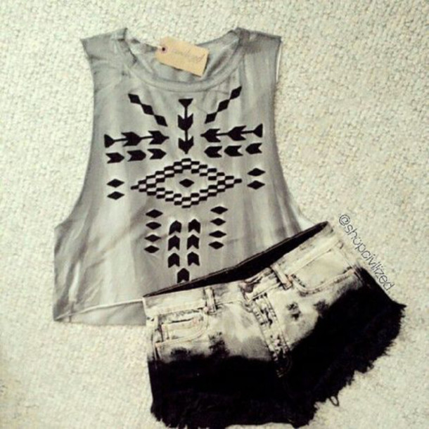 shorts tank top crop tops awesome :3