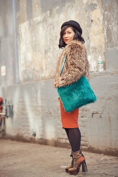 mimi & chichi blog blogger coat bag dress hat shoes furry bag fur coat ankle boots