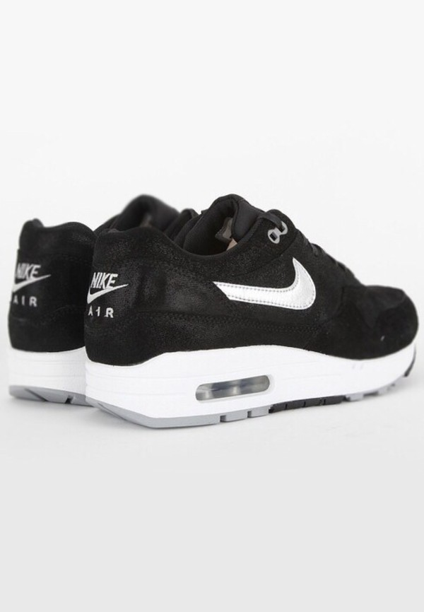shoes black air maxes nike air max black white