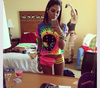 shirt alien tie dye shirt t-shirt top tie dye rave colourful print rainbow kandi the dye