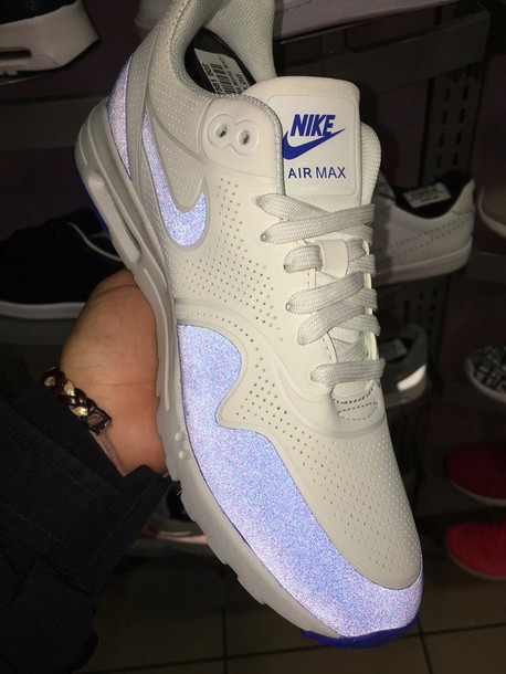 nike air max white sneakers nude sneakers workout shoes air max what are these called :( bag low top sneakers nike sneakers nike shoes glow up nike jordan's women