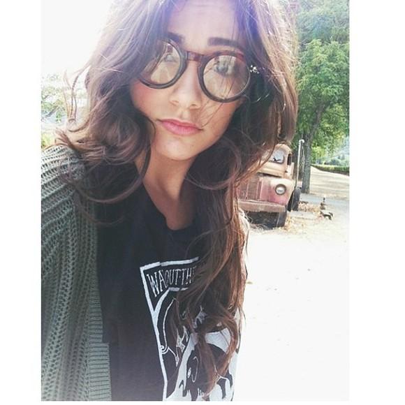 glasses bag sunglasses bethany mota macbarbie07 green sweater black t-shirt shirt