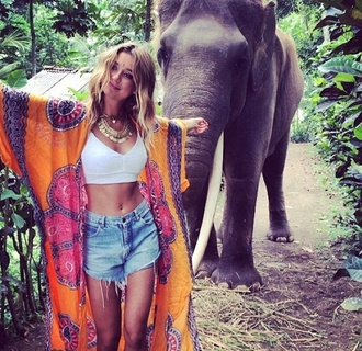 cardigan long orange kimono jewels blouse thailand caitlyn paterson kimono orange pink medallon thai top shorts ethnic pattern hindie hindu indian elephant pattern floral tumblr tumblr outfit long cardigan long kimono coat necklace