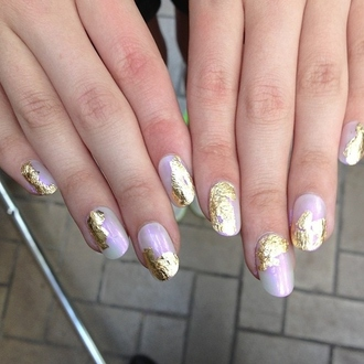 nail polish pearl pearl nail polish pearl color color pearl gold gold nails lilac metallic nails this fake nails shavings pink pretty white yellow