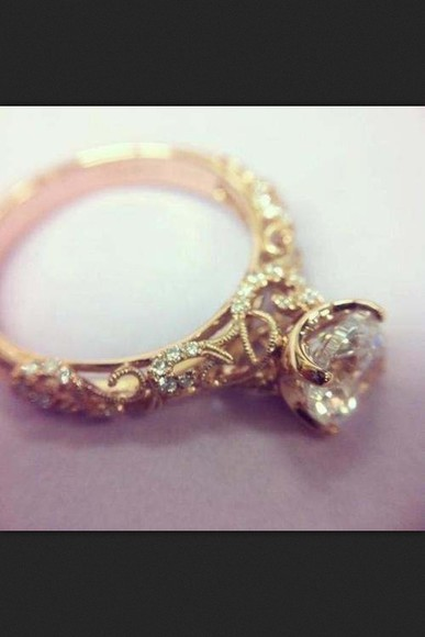 jewels engagement ring gold diamond gorgeous vintage detailed