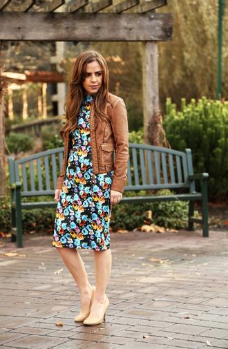 dress corilynn blogger leather jacket nude high heels floral dress