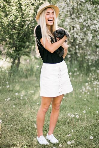 skirt lace up skirt white skirt mini skirt top black top sneakers white sneakers summer outfits hat straw hat