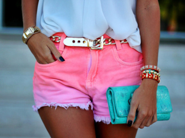 shorts pink short dip dyed shorts pink belt jeans gold chain cute pretty
