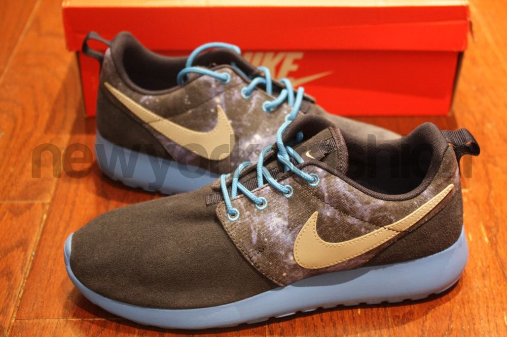 promo code 05909 a6749 DS New Nike Rosherun Roshe Run GS Blue Galaxy Space Flyknit 599728-402 RARE