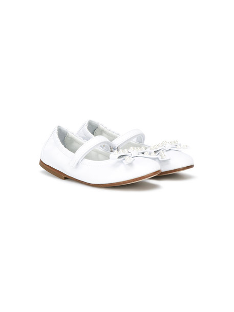 Montelpare Tradition pearl embellished leather white shoes