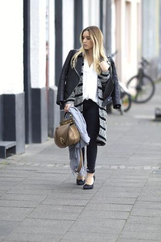 fashion twinstinct blogger jacket cardigan jeans shoes scarf bag blouse