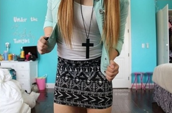 jewels hipster necklace black skirt jacket outfit cool seexy summer cross blouse cross necklace