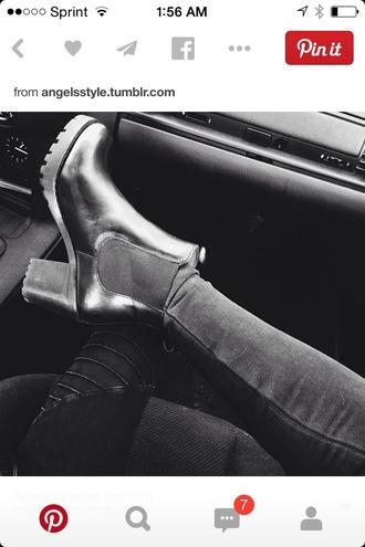 boots shiny