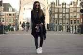 satisfashion,blogger,leather leggings,high top sneakers