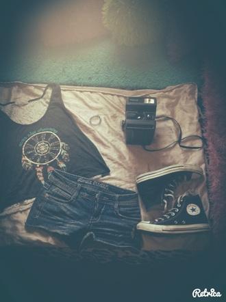 top rue 21 shorts rue21 shorts tumblr outfit converse dreamcatcher shirt