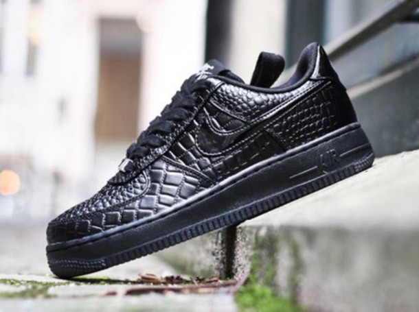 shoes black shoes nike air force nike shoes crocodile texture black sneakers