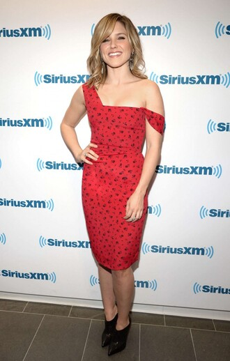 sophia bush red dress bodycon dress shoes