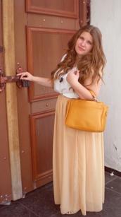 skirt,beige,bag
