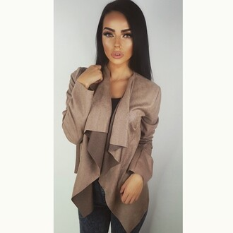 jacket brown jacket classy beige jacket beige brown elegance elegant outfit beautiful style brunette girl