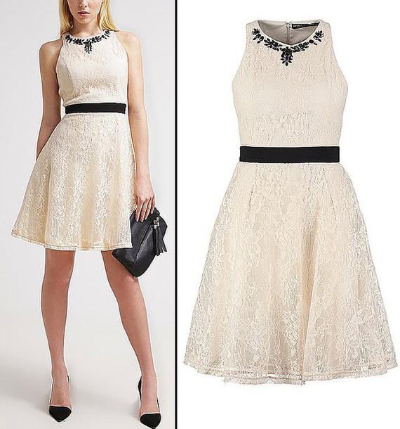 dress beutifull white lace
