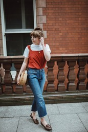 jeans,tumblr,blue jeans,denim culottes,culottes,t-shirt,white t-shirt,top,red top,flats,bag,round bag,jewels