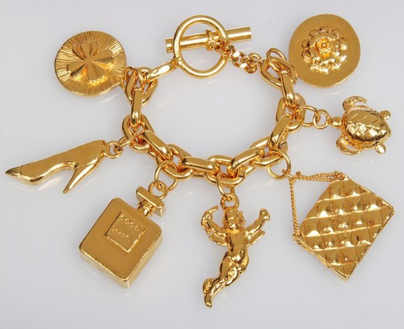 jewels charm bracelet chanel cute