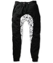 pants,polka dots,joggers,black,white