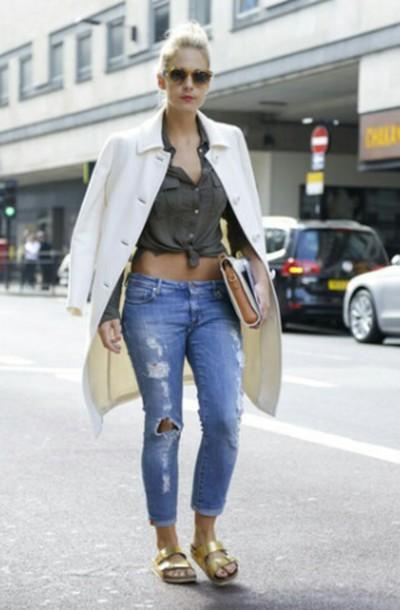 skirt jeans ripped jeans shirt grey shirt grey top grey top bag cream bag clutch coat cream coat sunglasses sandals