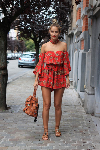 from brussels with love blogger romper shoes bag off the shoulder sandals bucket bag