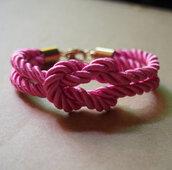 jewels,bracelets,vintage,pink,charm bracelet,girl,rope bracelet,jewelry,knotting bracelet