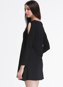 Black off the shoulder long sleeve casual dress