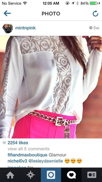 white swag blouse style pink shorts gold chain gold chain belt swagg t shirt lace shirt