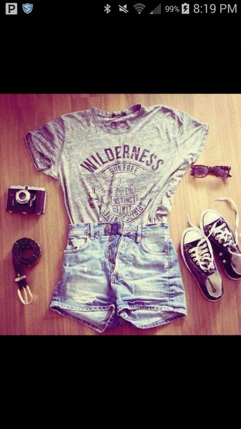 t-shirt t-shirt shorts converse grey t-shirt jean short shorts black and white shoes shoes