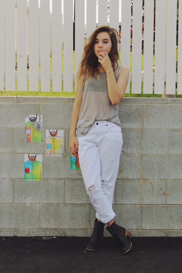 views of now blogger top jeans white jeans