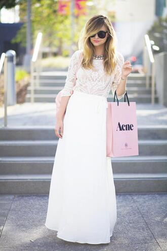 shoes bag jewels sunglasses t-shirt late afternoon skirt
