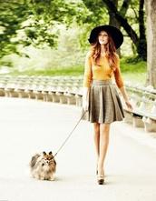 skirt,mustard sweater,circle skirt