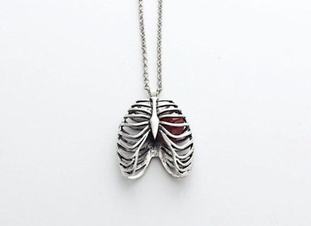 heart necklace jewels halloween skeleton rib cage valentines day boyish coeur rouge argent bijoux squelette collier colliers argent blanc necklace heart beauful vintage necklase hair accessory heart jewelry silver lung red heart