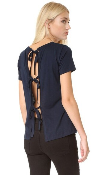 back slit navy top