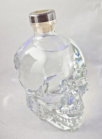 jewels tumblr blogger perfume skull crystal