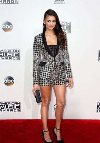 shorts nina dobrev pumps red carpet american music awards top blazer hairstyles embroidered jacket shoes