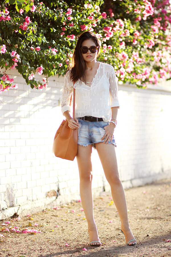 fake leather blogger blouse bag jewels sunglasses