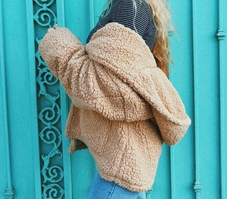 jacket sherpa oversized sweater fluffy tan emma chamberlain