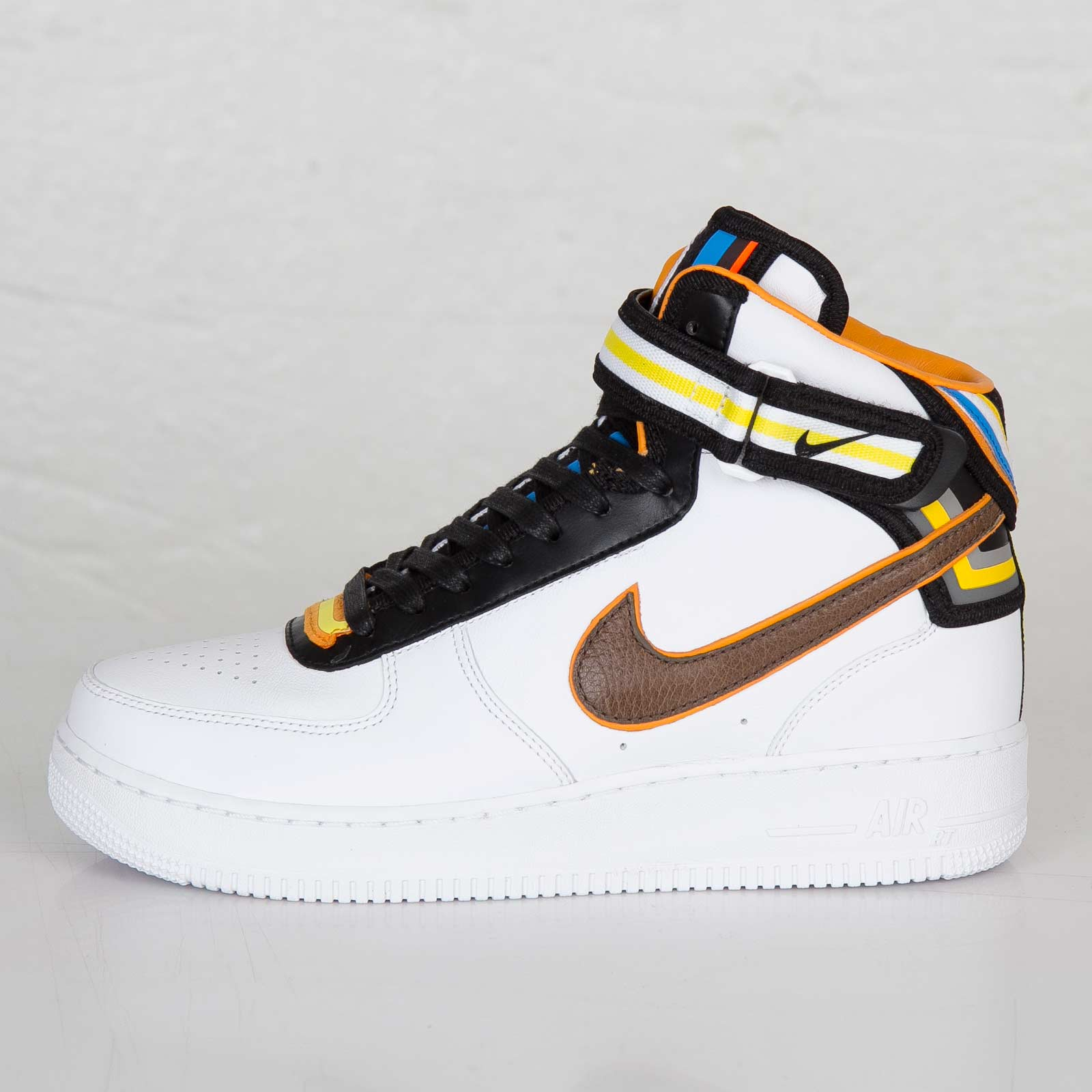 Nike Air Force 1 Mid SPTisci