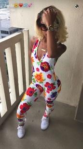 jumpsuit,floral,floral jumpsuit,jumper,dope,black girls slayin,black girls killin it,cute,pink,white,flowers